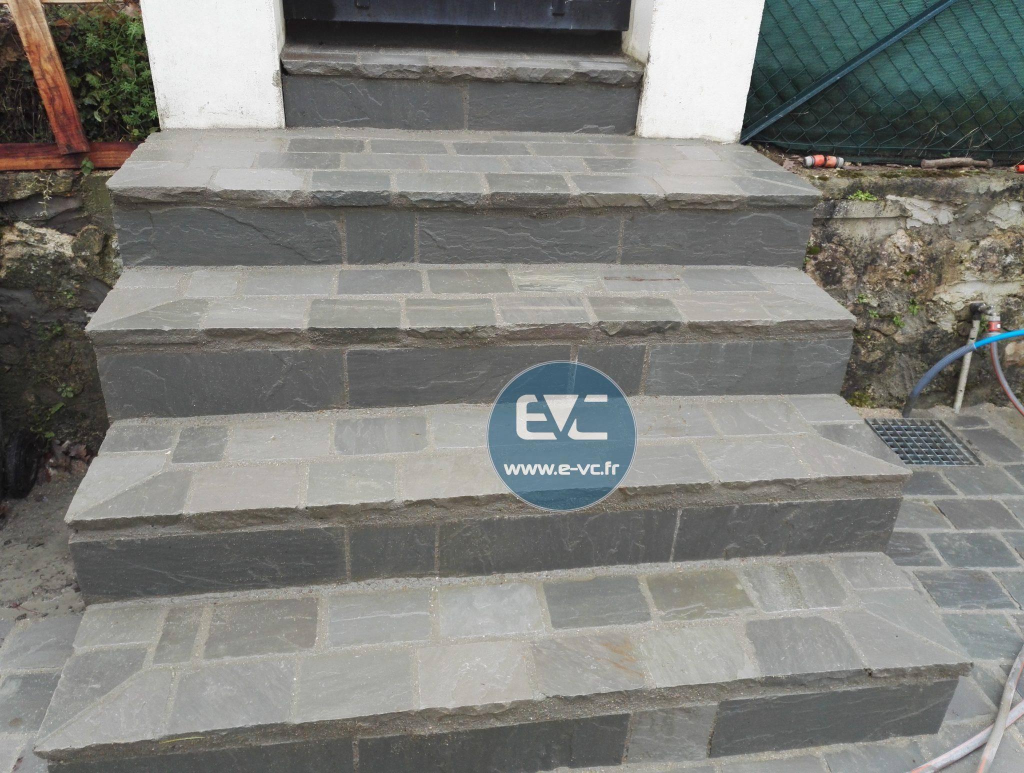 Marche d 39 escalier en pierre naturelle ent valente c for Marche escalier en pierre